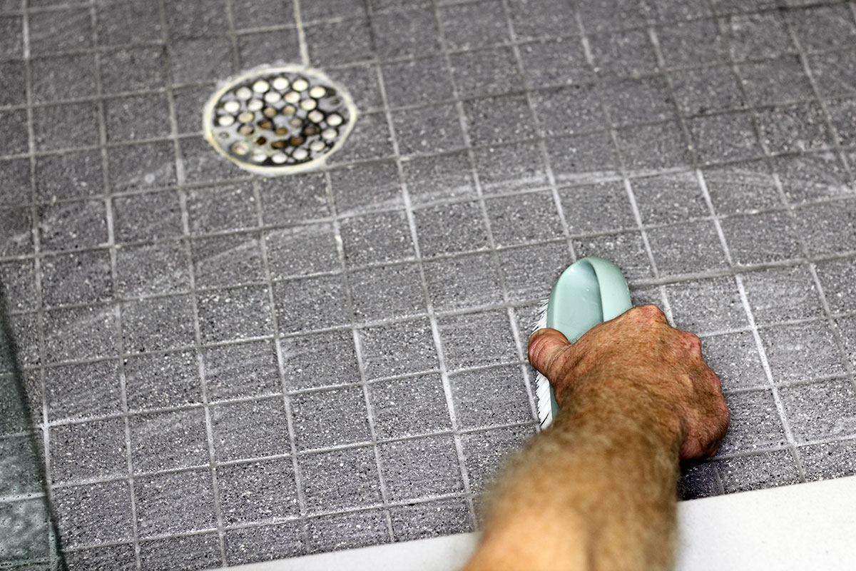 4 Common Grout Cleaning Mistakes that Homeowners Make